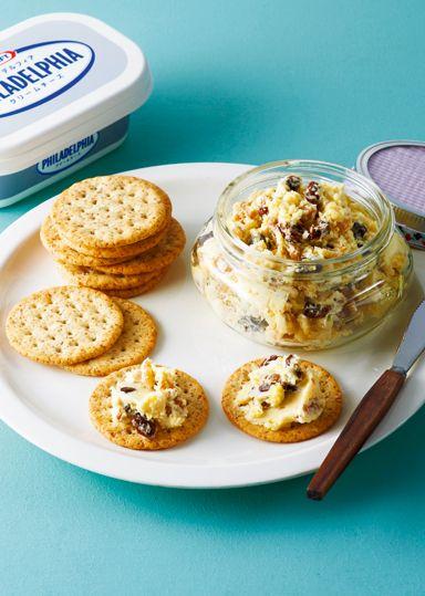 スイートポテトディップ のレシピ・作り方 │ABCクッキングスタジオの ... 電子レンジで加熱したさつま芋・バターをレーズンとローストしたくるみをクリームチーズと混ぜ合わせます。