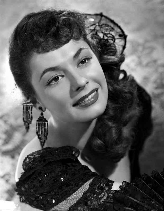 Ruth Roman smiling in Black Gown High Quality Photo – Movie Star News