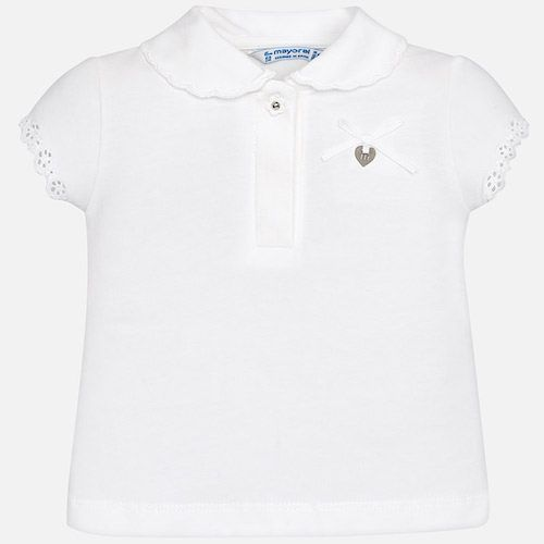 Summer short sleeve polo shirt for girls, soft and cool knitted fabric design for the hottest days. It is a piece that stands out for an original neck embroidered with waves and embroidered sleeves. Includes delicate bow that completes an ideal piece to enjoy this summer.