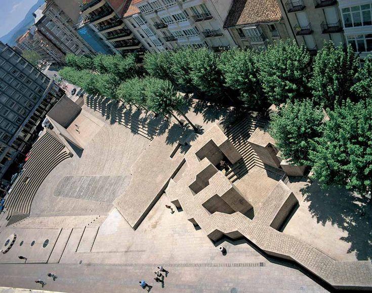 Plaza de los Fueros by sculptor Eduardo Chillida and architect Pena Ganchegui, Vitoria-Gasteiz, Spain