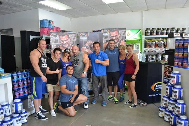 Branch Warren and Rich Gaspari visits Supplements.co.nz store in New Zealand