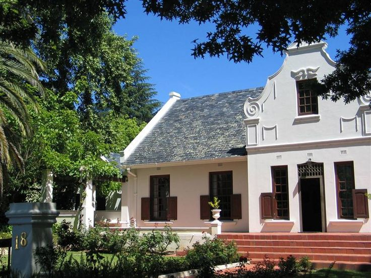 Chantilly Guest House - Chantilly Guest House is situated in a quiet residential area in the heart of Ceres and offers luxury self-catering accommodation; bed and breakfast can be arranged at an additional cost.   The house features ... #weekendgetaways #ceres #southafrica