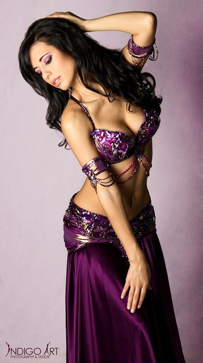 Ameera PaoneWear Custom, Bellydancer Costumes, Custom Design, Dance Bellydance Purple, Bellydance Costumes, Bella Costumes, Belly Dancers, Majestic Purple, Ameera Paon
