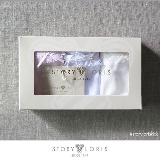This is a very good idea for your presents #storyloriskids  #storyloris #socks #shopping #calze #intimo #share #feet #design #look #likes4like #children #moda #shoes #fashion #love #trends #tendencia #happy #kidsroom #sockterapy #kids #shop #fun #trendy #kidsfashion #repost #cool #kidswear #cute