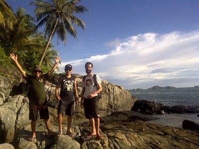 Pulau Kabung, Wisata Bahari di Kalimantan Barat - RJasa Rentcar and Taxi Service