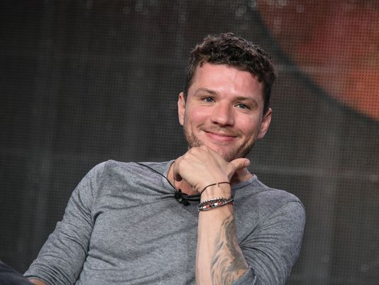 Ryan Phillippe Favorite Things Height Weight Biography wiki