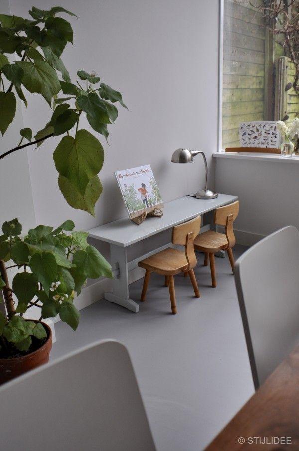 Binnenkijken in ... een jaren 30 familiehuis met moderne gietvloer in Bilthoven na STIJLIDEE Interieuradvies en Styling via www.stijlidee.nl
