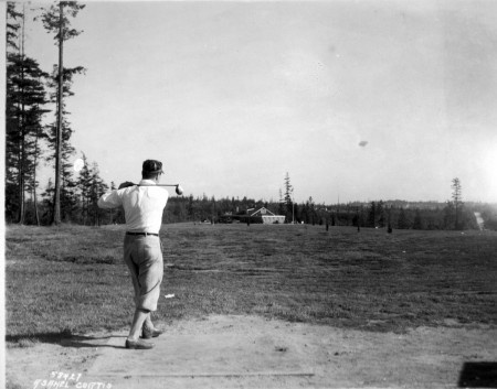 Teeing Off 1925