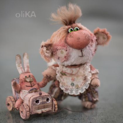 Сергунька - мишка,мишка тедди,малыш,бежевый,чубчик,вискоза,хлопок,металлический гранулят