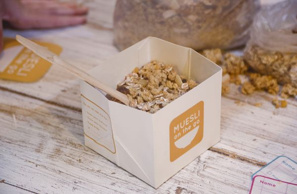 Muesli on the go packaging.