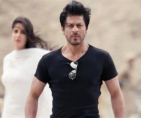Shahrukh Khan and Katrina Kaif - Jab Tak Hai Jaan (2012) Embedded image permalink
