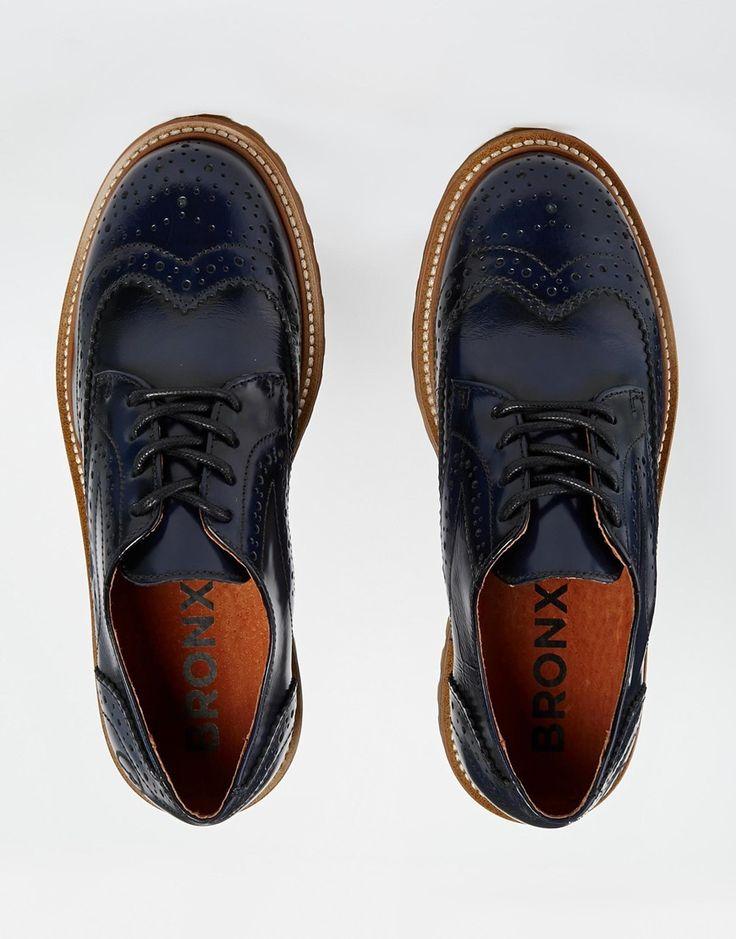 Imagen 3 de Zapatos Oxford planos en azul marino de Bronx