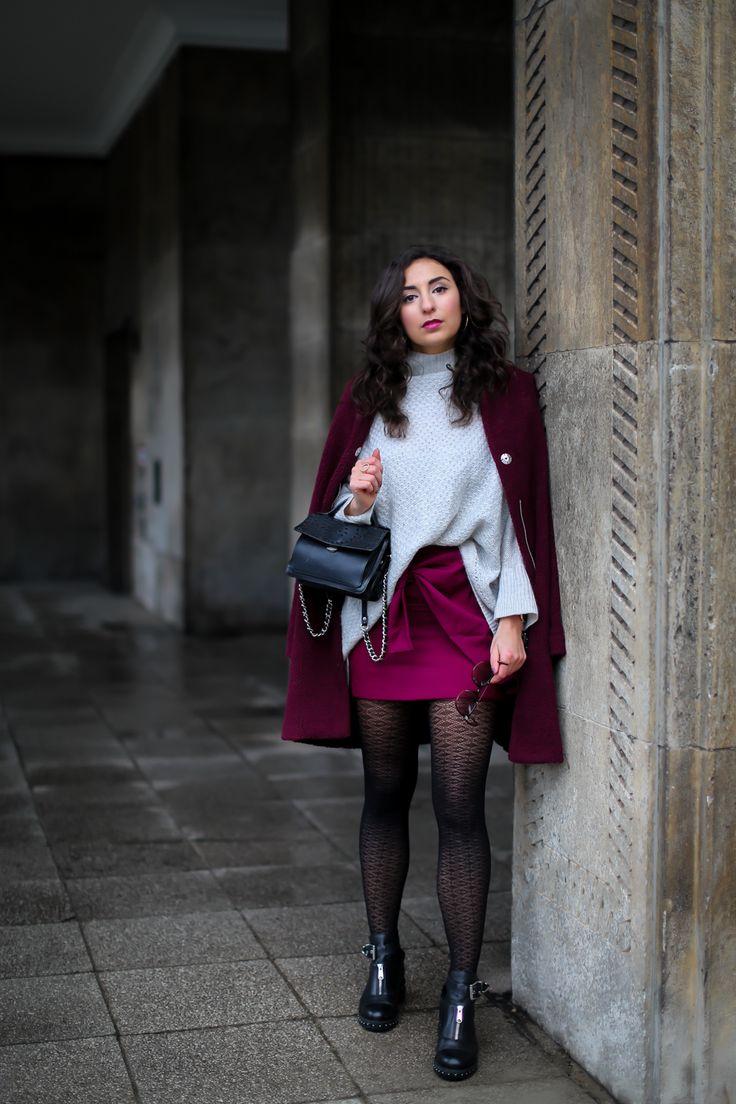 Wrap Skirt and Biker Boots loavies burgundy wrapped mini skirt and biker boots red coat sacha outfit winterlook streetstyle mode blog samieze berlin_-8