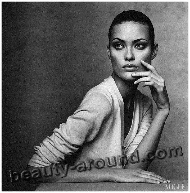 Шалом Харлоу / Shalom Harlow (род. 5 декабря 1973 г, Ошава, провинция Онтарио, Канада) — канадская топ-модель и актриса.