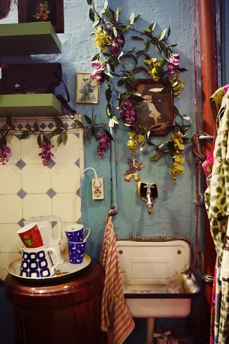 lovely. reminds me of the bathroom at this little mexican joint in brooklyn i went to a few years ago.