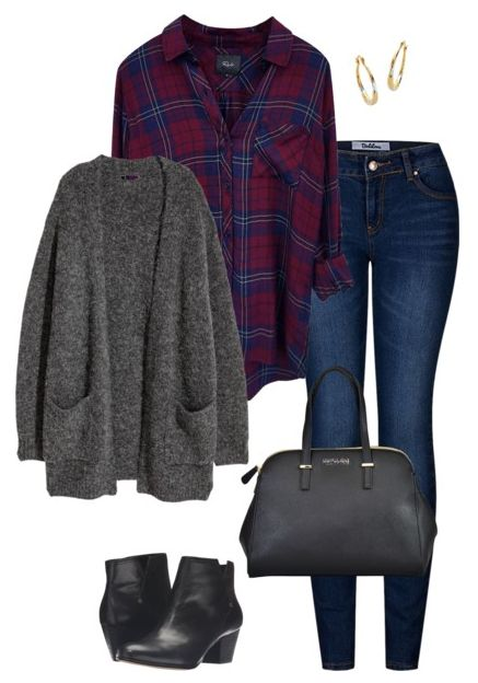 Welcome to the November edition of What to Wear This Month! You'll fund 15 November outfit ideas perfect for your fall and winter fashion needs. Any of these would work great for your Thanksgiving outfit, whether you need to dress up or go casual. Click o