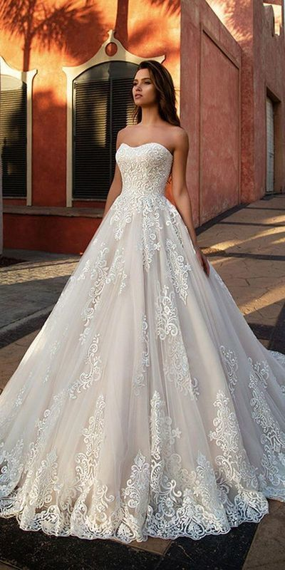 Tulle Sweetheart Neckline A-line Wedding Dress With Lace Appliques #weddingdress