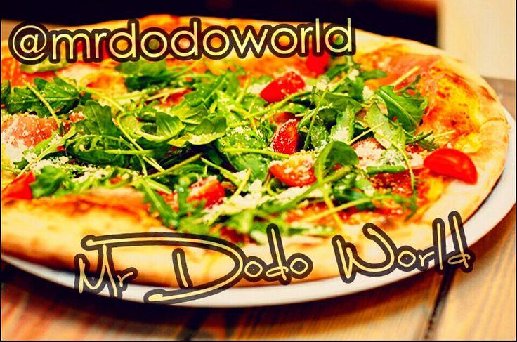 Pizza #pizza #dinner #meal #lunch #lovepizza #italian #italianfood #vegetables