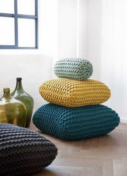 Love the texture. And mix of teal and mustard. 20 Creative Decorative Pillows, Craft Ideas Playing with Texture and Color