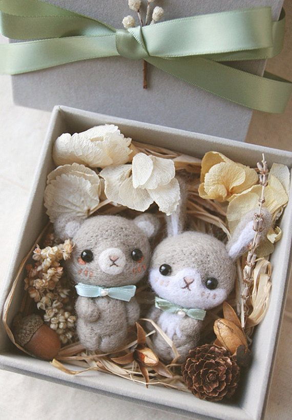 Needle Felt Bunny Bear Couple Valentine Preserved Flower Toy Gift Set Wool Baby Animal Dried Hydrangea Lavender Pinecone Birthday Gift Box