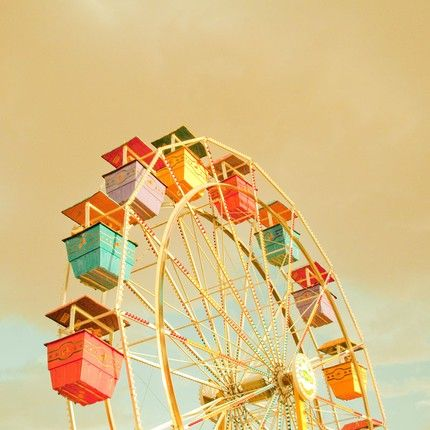 """I luv it and I hate it at the same time...I see it and im like"""" oooooh ferris wheel """"and then i get on it and im scared stiff with a panic attack...happens every time lol !!!"""
