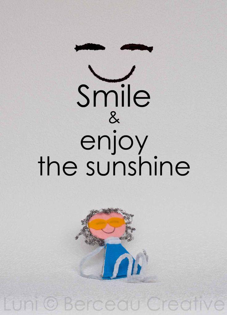 Enjoy the sunshine!  Deze kaart is te koop in de webshop van www.lifeofluni.com  #lifeofluni #smile #sunshine