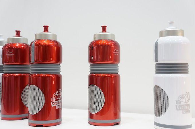 自転車用ボトル型「サイクルボトルスピーカー」。Bluetooth とmicroSDから再生 - Engadget Japanese