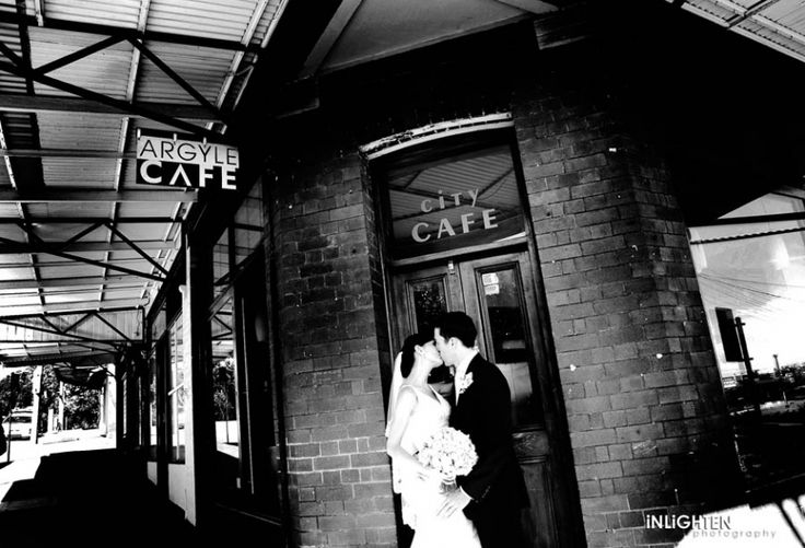Location > THE ROCKS.     Romantic black & white wedding portrait ideas.