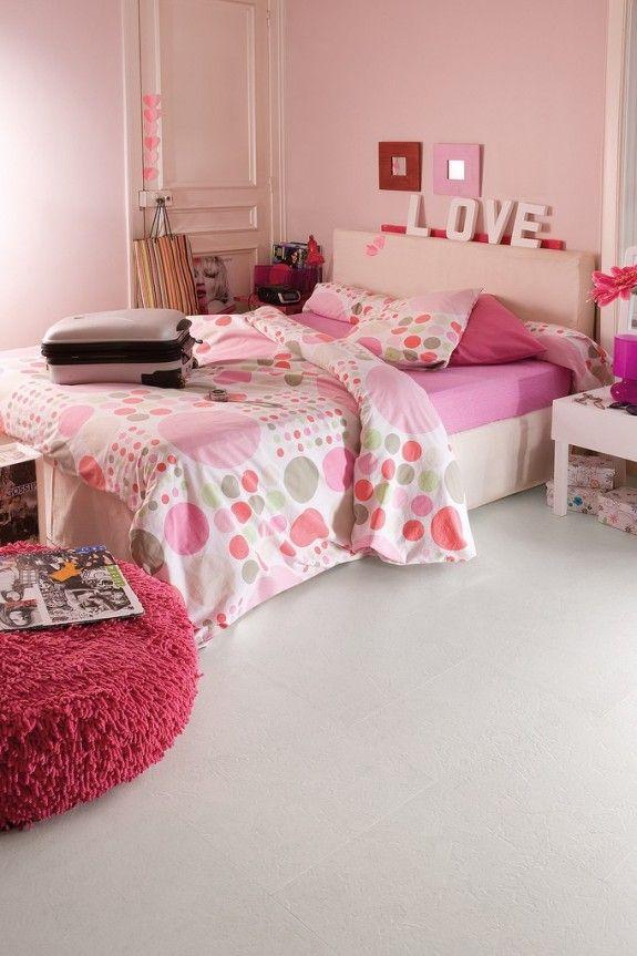 Korkboden ist gemütlich wie ein Teppichboden, kann aber gewischt werden wie Laminat: perfekt fürs Kinderzimmer.