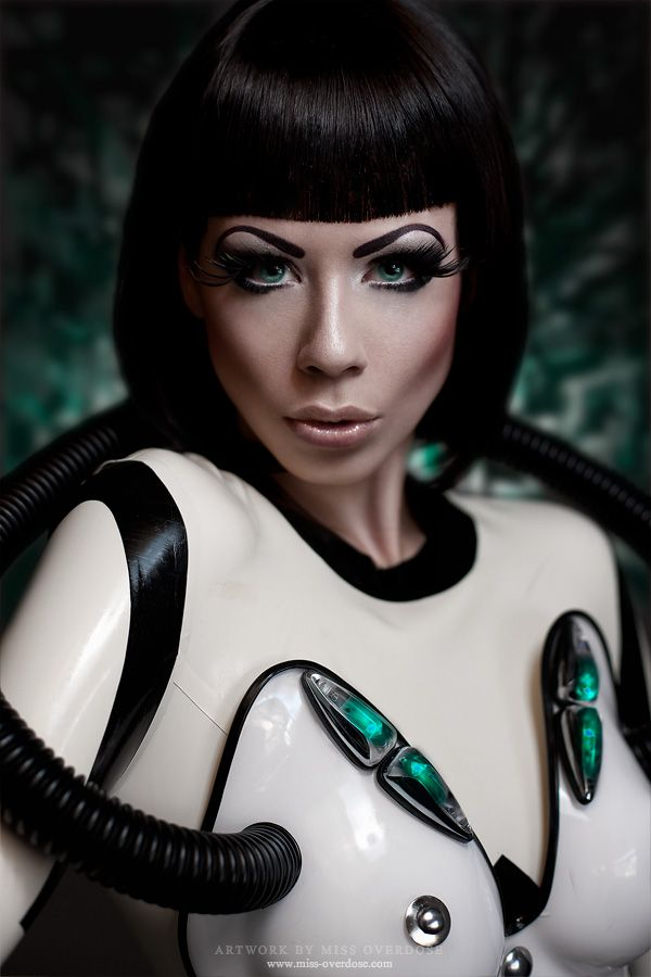Sexy Android by Ophelia-Overdose on deviantART