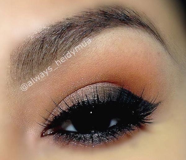 smokey eyeIdeas, Make Up, Peaches Smokey Eye, Beautiful, Eye Makeup Tips, Hair Makeup, Chocolates Brown, Hair Nails, Smokey Eye Makeup