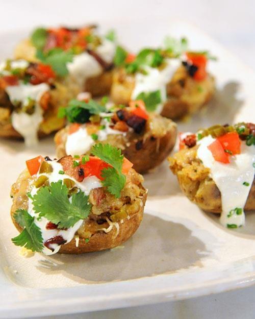 Taco-Stuffed Potato Skins.... click to see recipe  http://img.posveta.eu/?p=1243