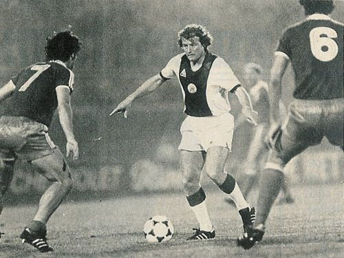 Ajax 1 Ipswich Town 3 in Aug 1981 in Amsterdam. Arie Haan comes forward in the Amsterdam midi tournament.