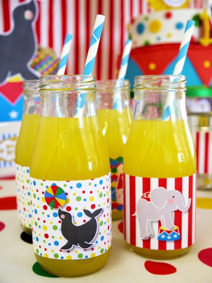 se puede decorar los vasos con algo alusivo al circo