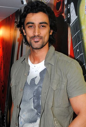 Kunal Kapoor says he isn't a choosy actor!