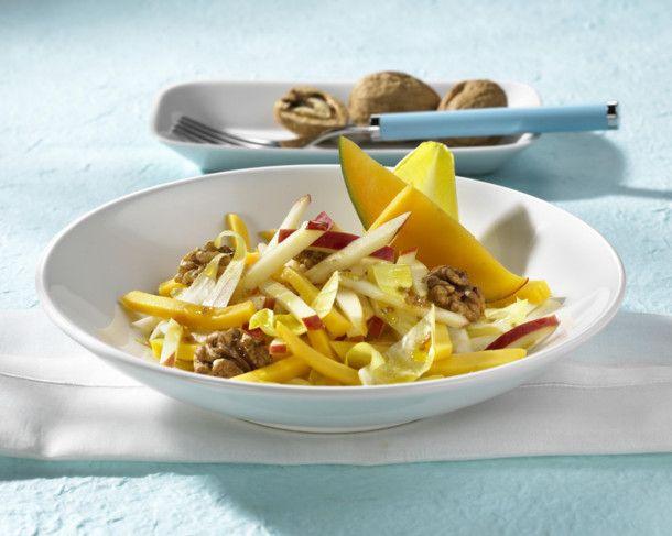 Unser beliebtes Rezept für Apfel-Mango-Salat mit Nüssen und mehr als 55.000 weitere kostenlose Rezepte auf LECKER.de.