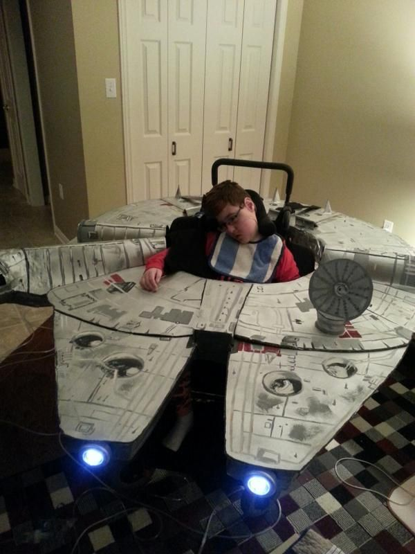 26 Clever Costumes For People Who Use Wheelchairs