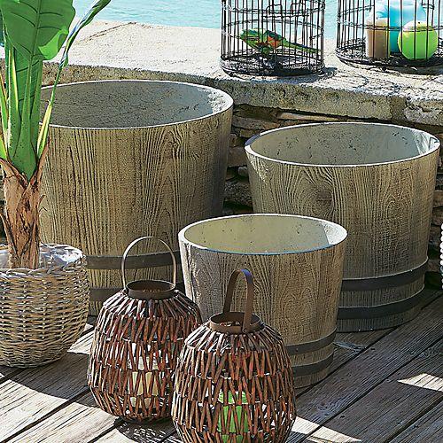 Les 25 meilleures id es concernant jardini res en ciment - Pot en ciment ...
