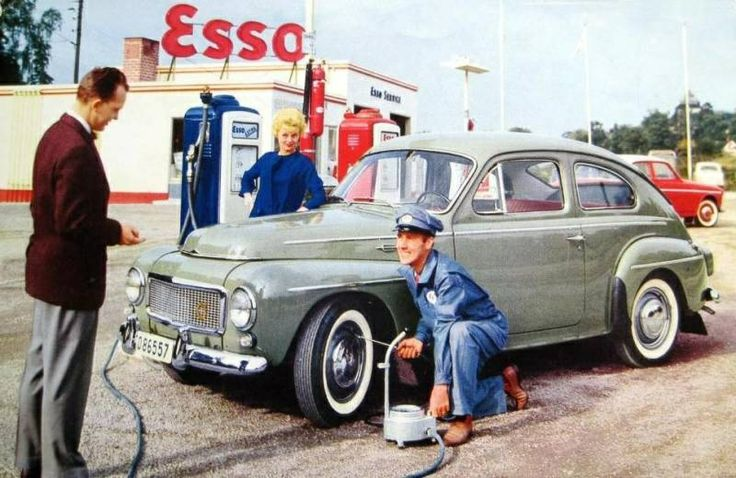 Esso with Volvo PV544