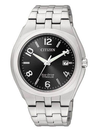 Montre Citizen eco-drive homme BM7150-51E, boîtier et bracelet en titane, cadran noir.