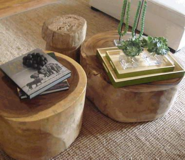 Juite carpet + wooden coffee table = great living room!