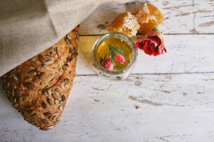Kinfolk Honey Harvest Workshop for July » Photography: www.gretakenyon.com