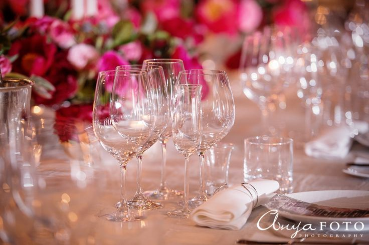 Roses and clear glassware for the table setting | Aramat Events // Images by AnyaFoto Photography // www.anyafoto.com