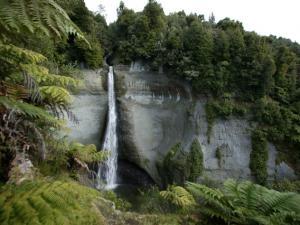 Mt Damper Falls, Forgotten World Highway, Taranaki <3