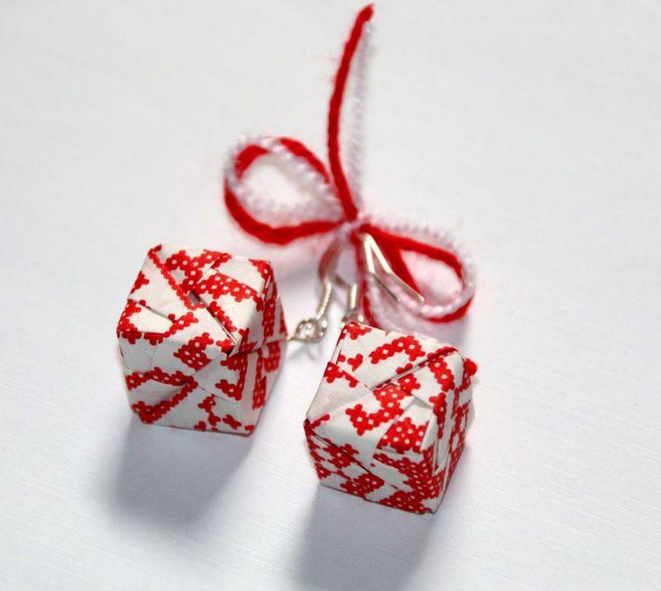 15 LEI | Cercei handmade | Cumpara online cu livrare nationala, din Suceava. Mai multe Bijuterii in magazinul unconceptluna pe Breslo.