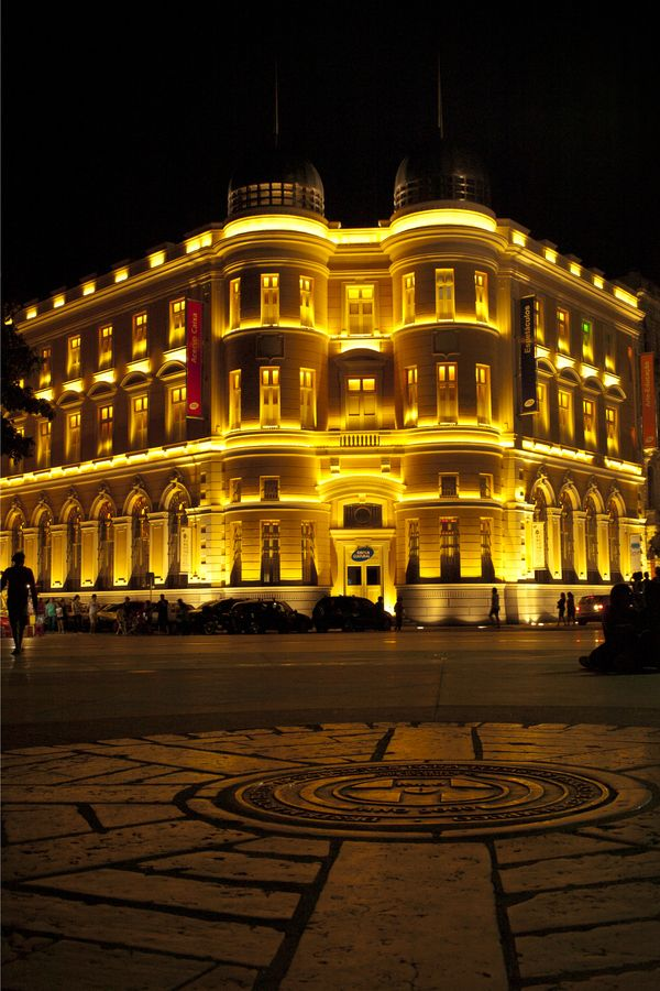 Recife, minha cidade! Marco Zero iluminado pela Caixa Cultural