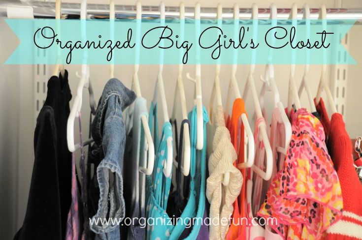 Transitioning from little girl to the next phase? Organized Big Girl's Closet | OrganizingMadeFun.com