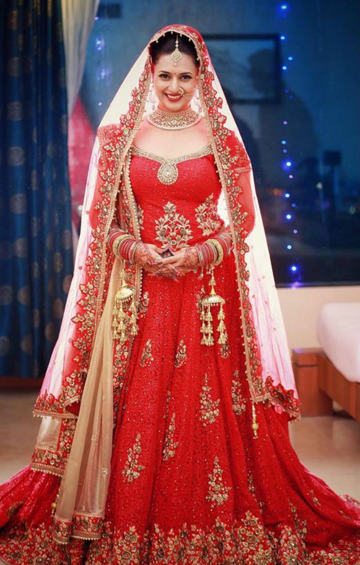 Television actress Divyanka Tripathi married her co-star Vivek Dahiya on July 8 in Bhopal.