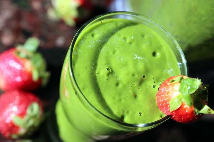 spinach strawberry smoothie