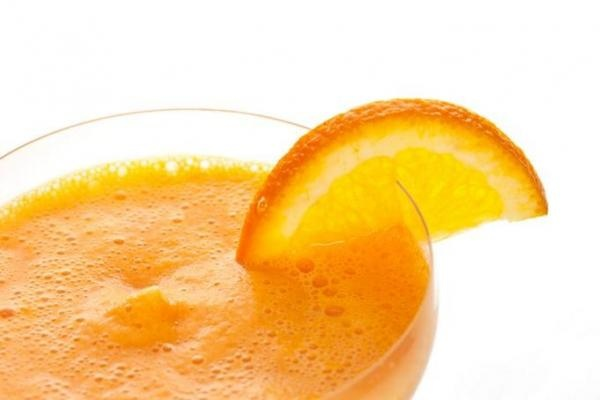 Orange Smoothie recipe - 1 (6 ounce) can frozen orange juice concentrate  1 cup milk  1 cup water  1 teaspoon vanilla extract  1/3 cup white sugar  10 cubes ice